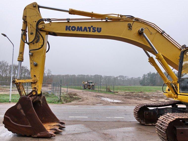 Komatsu - Japoński gigant maszyn budowlanych.